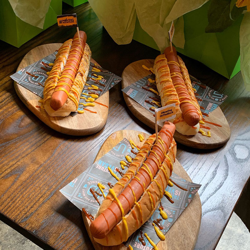 salchicha hot dog moving mountains